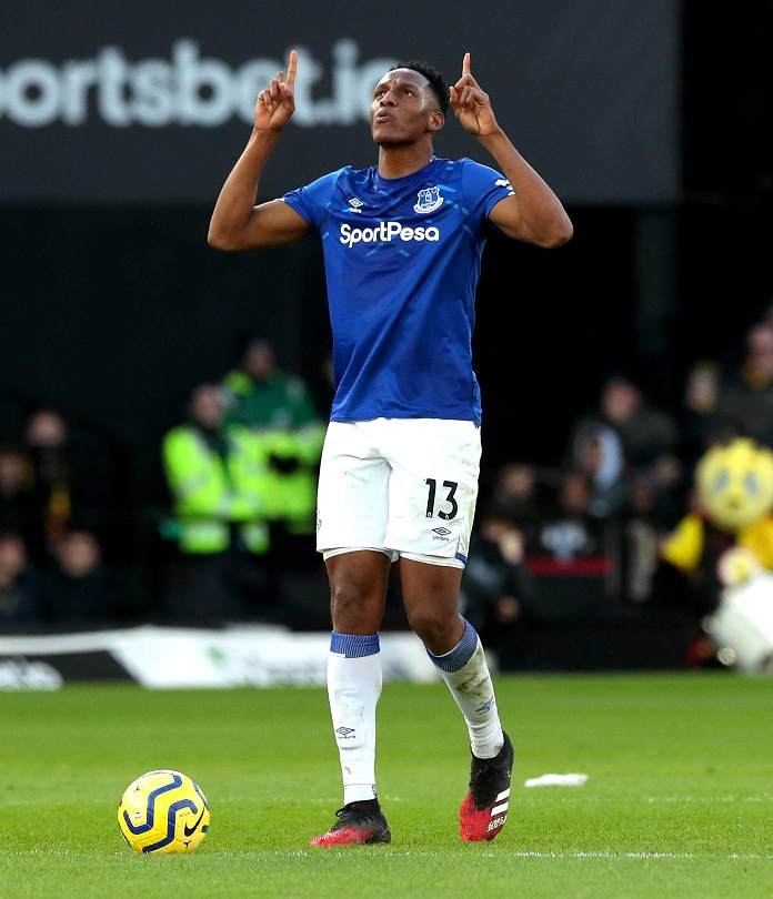 Yerry Mina, defensa colombiano del Everton